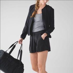Lululemon & go keepsake shorts 4